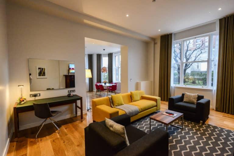 Merrion Suite at PREMIER SUITES PLUS Dublin Ballsbridge open plan lounge and dining room