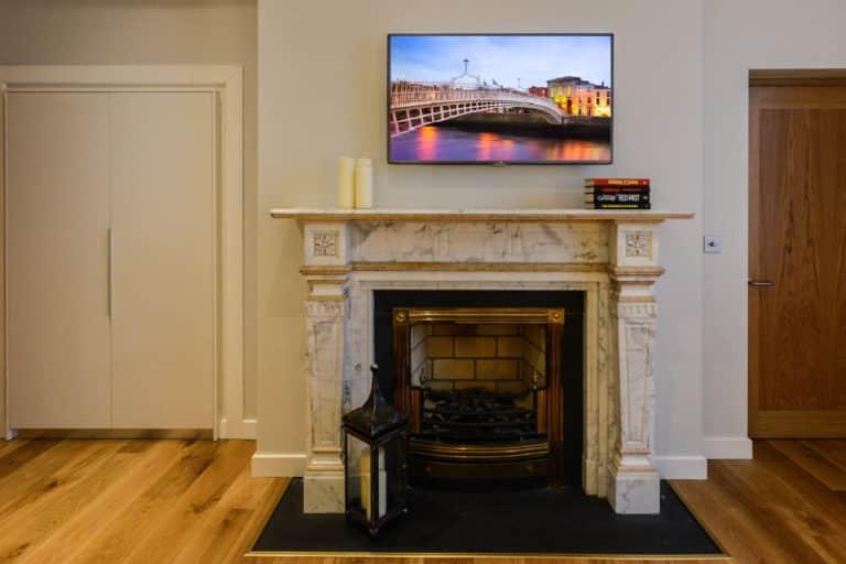 Merrion Suite at PREMIER SUITES PLUS Dublin Ballsbridge original fireplace