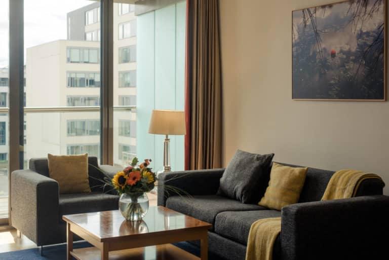 PREMIER SUITES Dublin Sandyford bright living room space